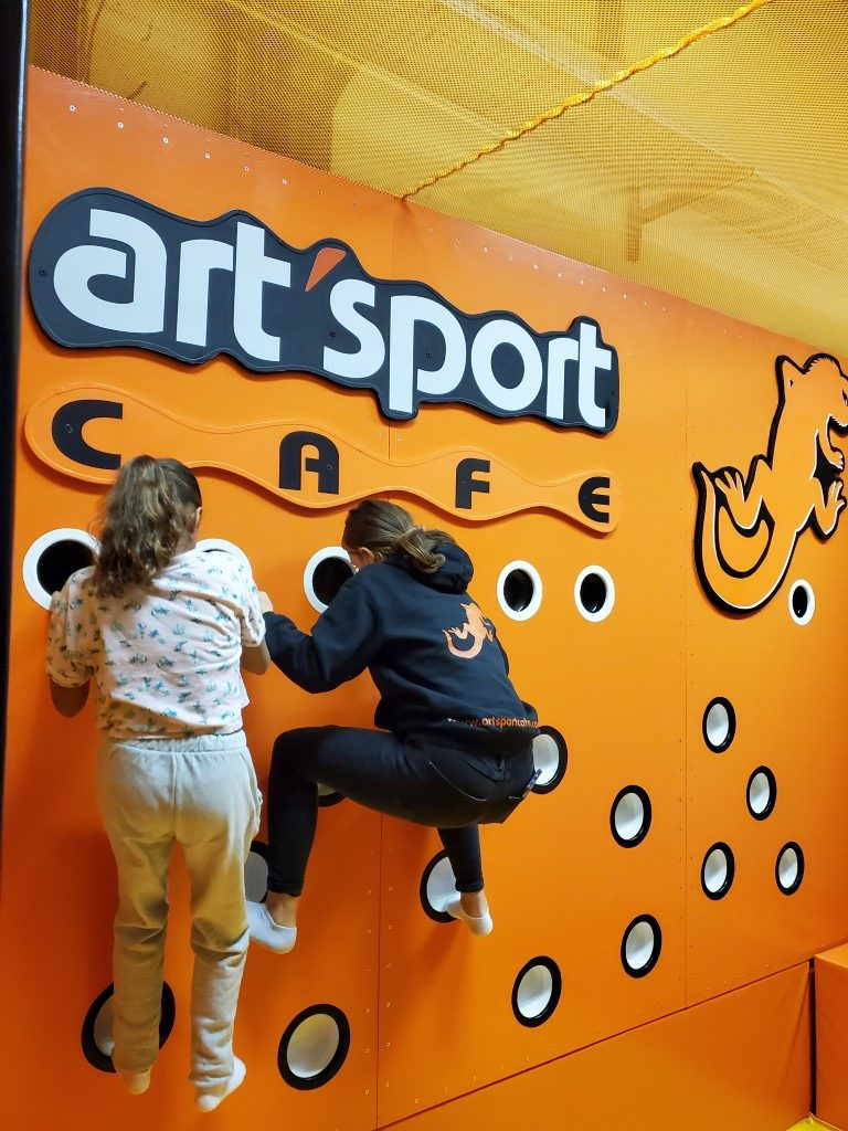 Ninja-zone-le-havre-ArtSport-Cafe-1-rotated