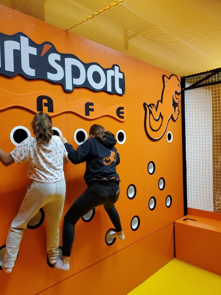 Ninja-zone-le-havre-ArtSport-Cafe-2-rotated